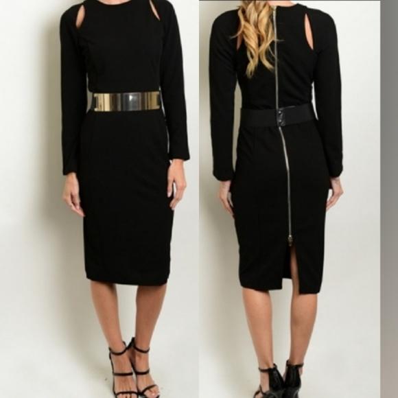 Dresses & Skirts - 🆕️Black Long Sleeve BOLD GoldTone Attached